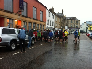 Early morning runners gather